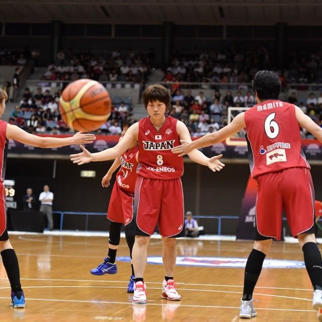 インサイドを攻めてファウルをもらい、フリースローを決める#8 髙田 真希選手